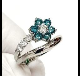 ホワイトダイヤモンドの買取事例03_ホワイトダイヤモンドリング