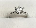ダイヤモンドの指輪画像