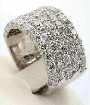 メレダイヤの買取事例06_総カラット数3.1ctのダイヤリング